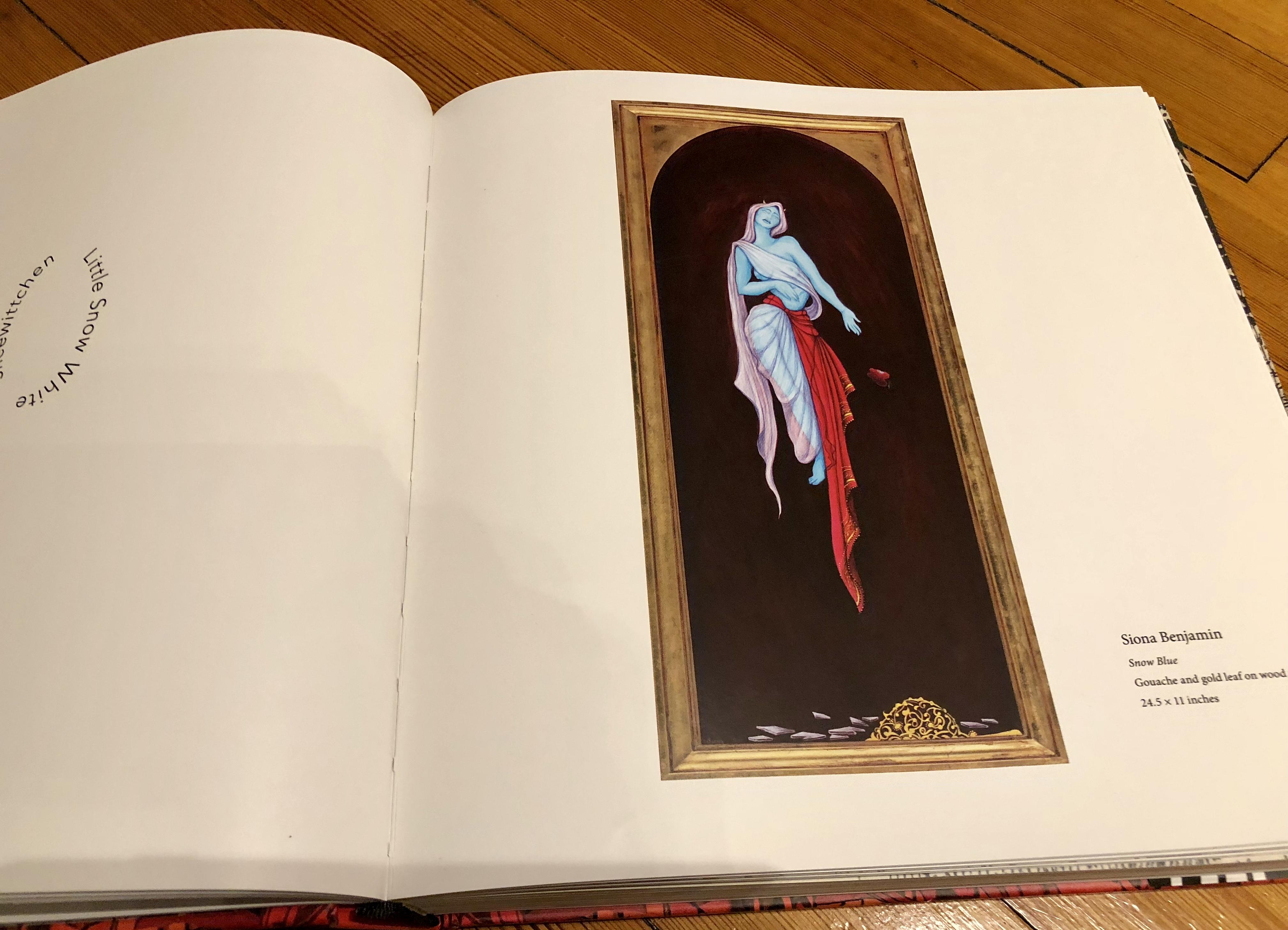 Mirrored Book Snow Blue - open